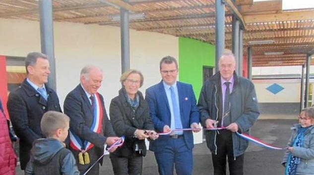 Vouillé-les-Marais : De nouvelles salles de classe inaugurées
